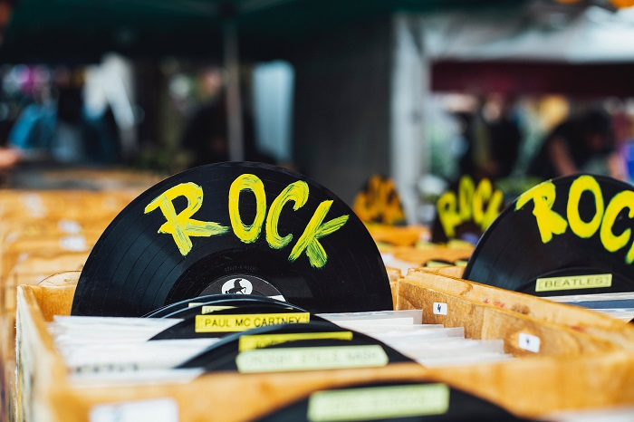 Rock-levy